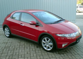 Honda Civic 5D (2005-2011) 1.8 MT Sport