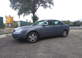 Ford Mondeo Седан (2000) 2.0 MT Trend