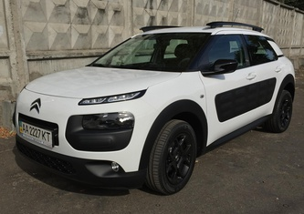 Citroen C4 Cactus (Phase 1) 1.2 AT Feel