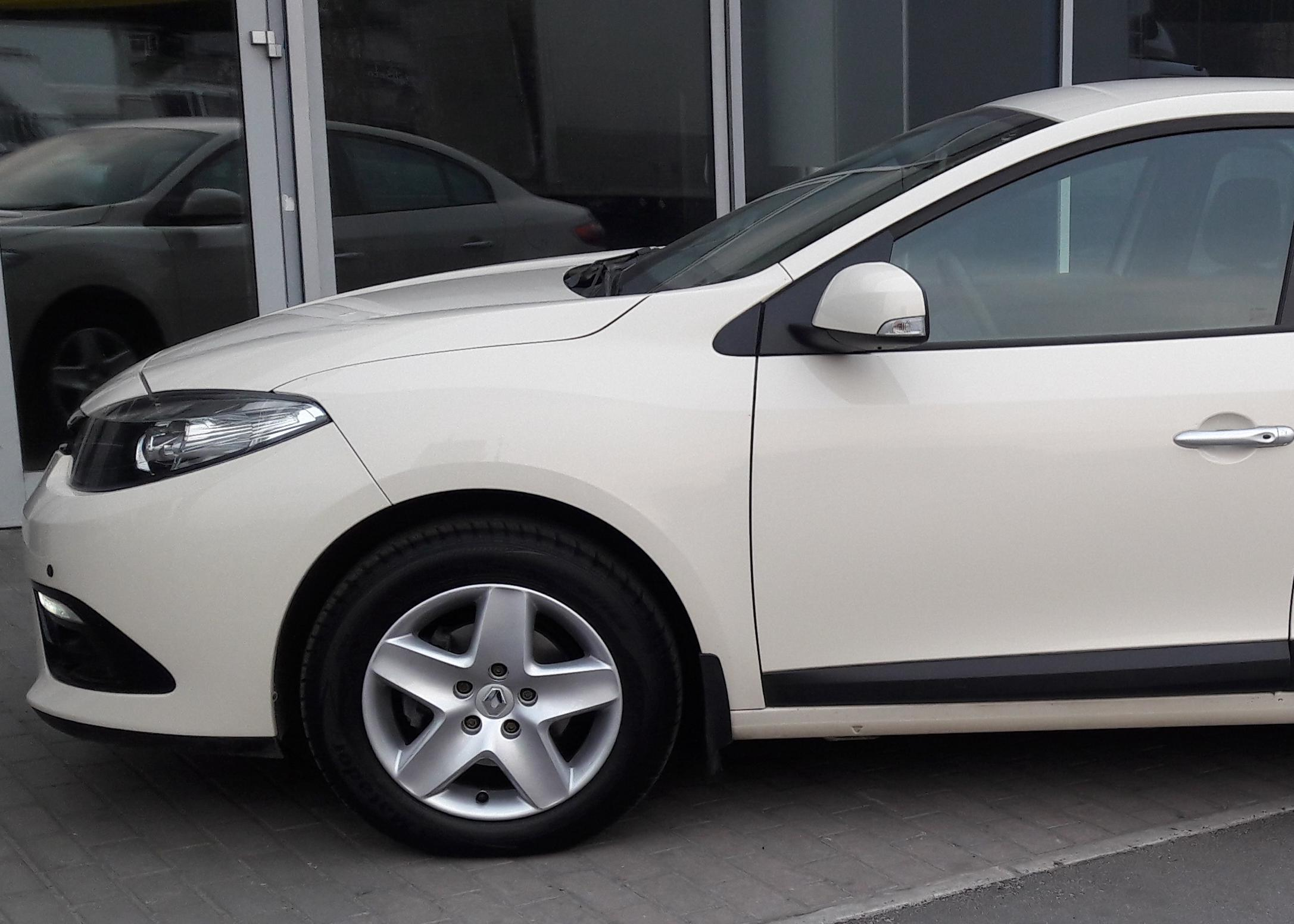 Renault Fluence 1.5D (110 hp) AT Expression