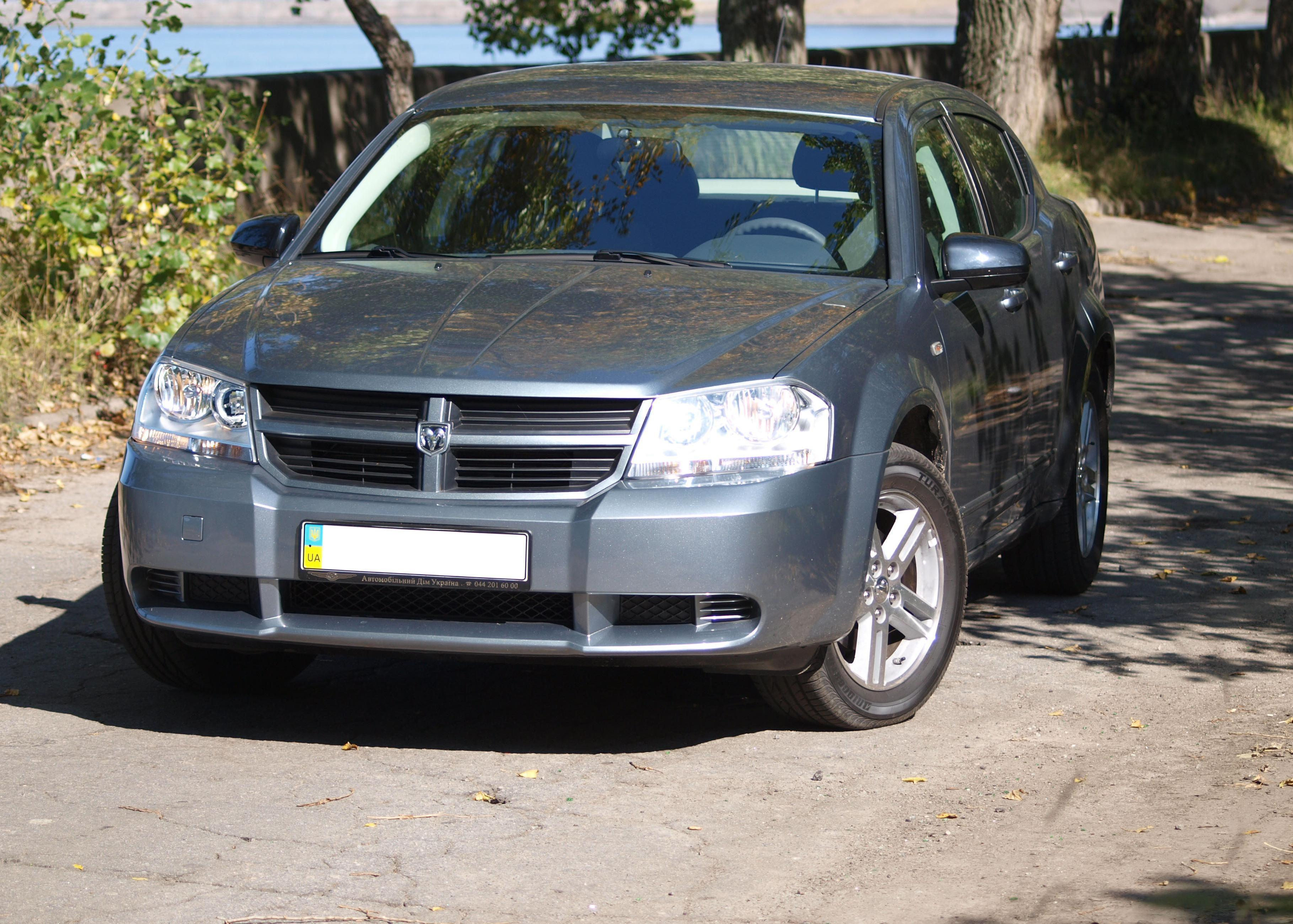 Dodge Avenger 2.0 MT SE